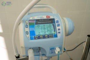 Аппарат искусственной вентиляции лёгких. медицинское оборудование